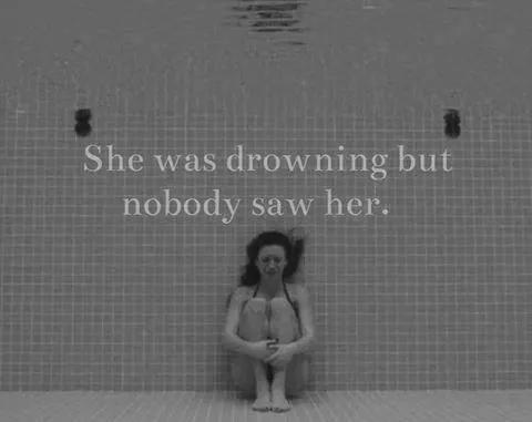 Drowning,sad,Nobody