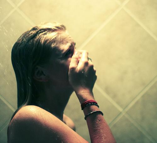 girl, crying