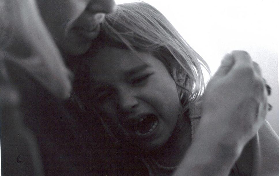 child,crying,hurt