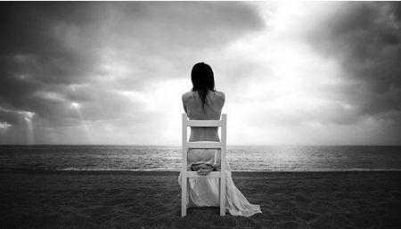forgotten,hurt,sad,empty,loneliness,girl
